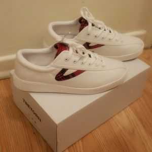 Womans Tretorn Sneakers Size 6